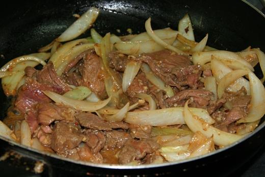 Đổi vị với món bún bò Nam bộ ngon lành cho ngày cuối tuần