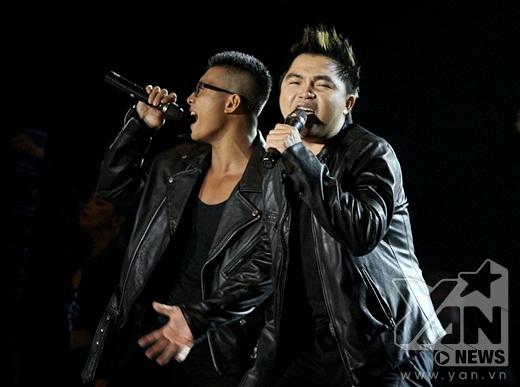 Khán giả vỡ òa xúc động khi chứng kiến nhóm MTV tái hợp - Tin sao Viet - Tin tuc sao Viet - Scandal sao Viet - Tin tuc cua Sao - Tin cua Sao