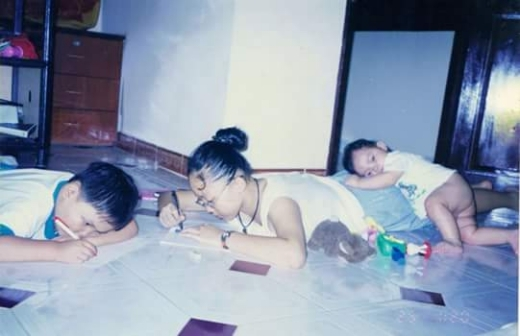 Ba chị em cùng nhau tô vẽ cực dễ thương. - Tin sao Viet - Tin tuc sao Viet - Scandal sao Viet - Tin tuc cua Sao - Tin cua Sao