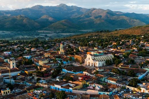 Trong ảnh là thành phố Sancti Spiritus nghĩa là Linh hồn thần thánh theo tiếng Latinh. Đây là nơi được bảo tồn tốt nhất ở Caribbean và là nơi thu hút rất đông du khách khi đến thăm Cuba.
