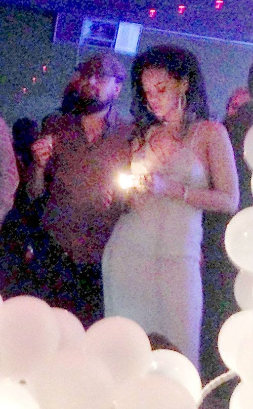 Hình ảnh trong một buổi tiệc tùng trước đây của cặp đôi