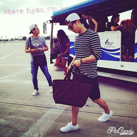 Mốt số hình ảnh hiếm hoi của Song Joong Ki trong chuyến du lịch vừa rồi.