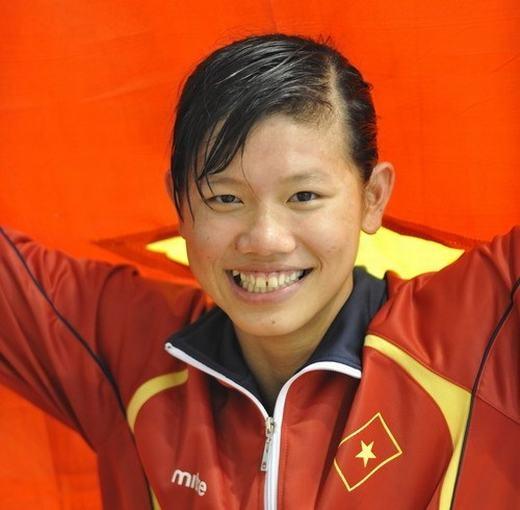 Năm 2012, tại Giải bơi lội Đông Nam Á, Ánh Viên đã xuất sắc phá chuẩn B Olympic ở nội dung 200 mét bơi ngửa với thời gian 2:13:66 và giành HCV, vượt 4 chuẩn B Olympic.