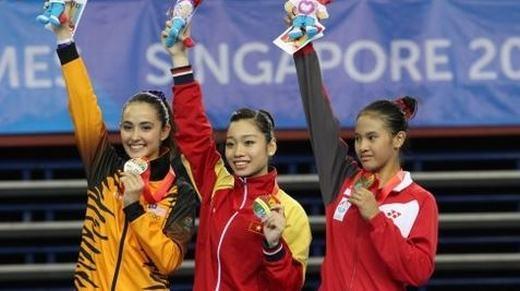 Tại Sea Games 28 đang diễn ra tại Singapore, Ánh Viên đang thi đấu cực kì ấn tượng để giành 4 HCV, 1 HCB, 1 HCĐ (tính đến thời điểm này) và còn khá nhiều nội dung khác đang chờ cô chinh phục.