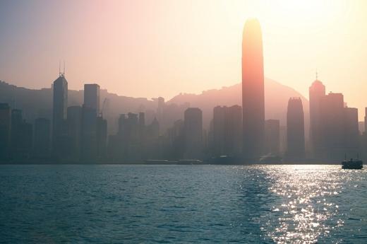 Bình minh luôn là một hình ảnh tuyệt đẹp ở thành phố cảng này.