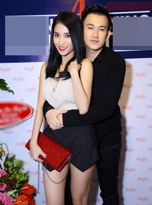 Những cái ôm từ sau lãng mạn không kém phim Hàn của sao Việt - Tin sao Viet - Tin tuc sao Viet - Scandal sao Viet - Tin tuc cua Sao - Tin cua Sao