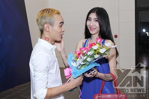 Bạn gái của thí sinh Ngọc Việt không ai khác chính là Công chúa Tattoo Kim Ty.