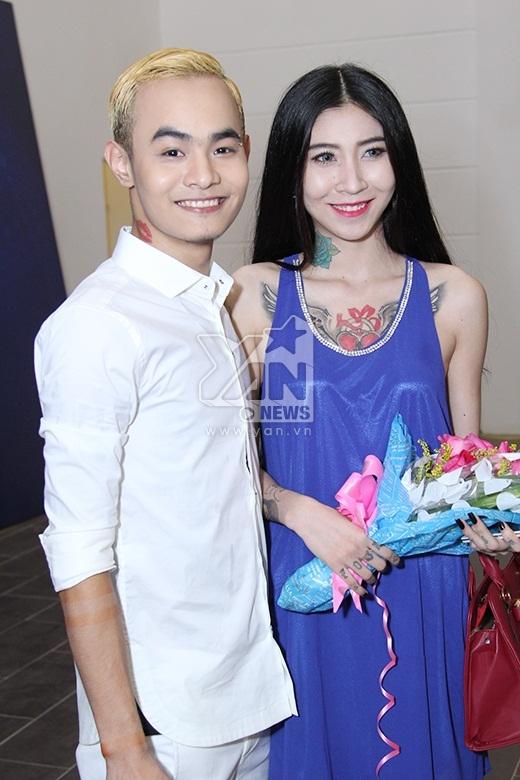 Ngọc Việt khoe bạn gái là công chúa tattoo cá tính