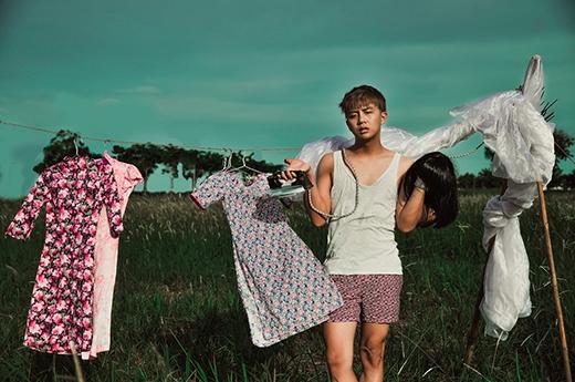 Như bất cứ nghệ sĩ nào, sau mỗi vai diễn đem đến tiếng cười cho khán giả, Duy Khánh cũng có những nỗi cô đơn và trống trải trong tâm hồn mình.