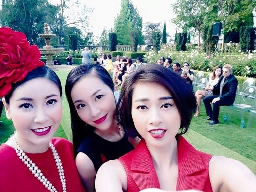 Vừa đến Mỹ hôm qua, nữ diễn viên Ngô Thanh Vân đã cùng hoa hậu Hà Kiều Anh, diễn viên múa Linh Nga đến show diễn thời trang của Đỗ Mạnh Cường để chúc mừng và cũng như ủng hộ anh.