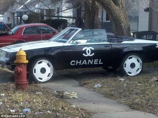 Còn đây có thể là tín đồ của hàng hiệu Chanel.
