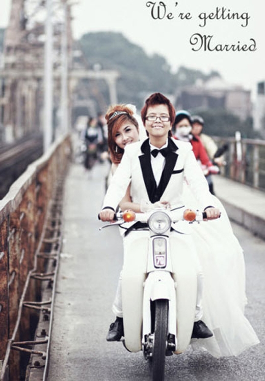 Cặp đôi 9X – Quang Minh vàThùy Linhkhi quyết định tổ chức lễ cưới cũng đã gây xôn xao giới trẻ Việt.