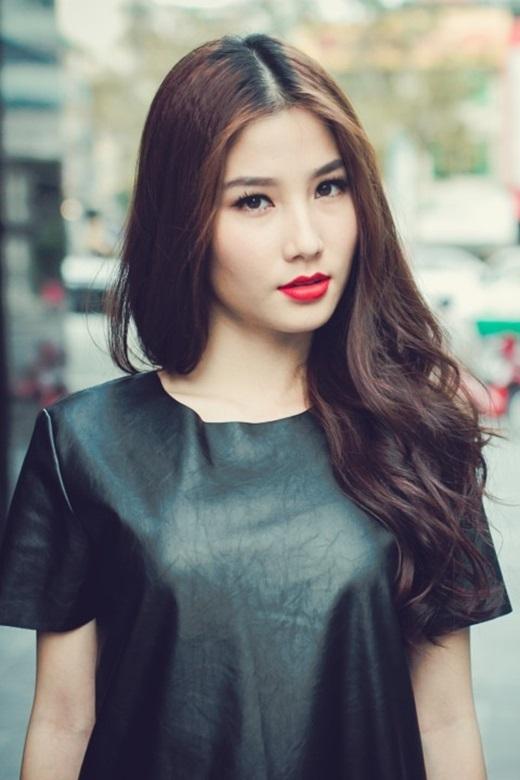 Diễm My 9x hứa tặng nụ hôn cho các cầu thủ Việt Nam. - Tin sao Viet - Tin tuc sao Viet - Scandal sao Viet - Tin tuc cua Sao - Tin cua Sao