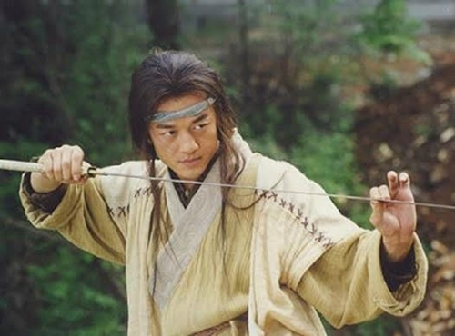 Lệnh Hồ Xung nhờ Độc Cô Cửu Kiếm mà bước lên hàng đại cao thủ võ lâm