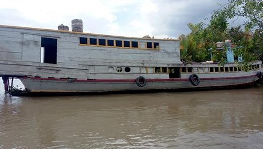Chiếc tàu gặp nạn sau khi được trục vớt. Ảnh:TP
