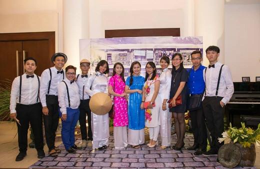 Nhóm sinh viên Hoa Sen tham dự chương trình