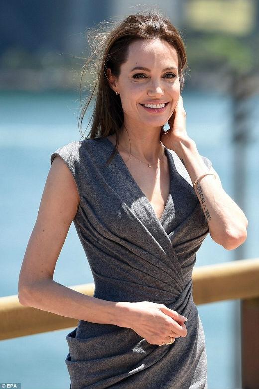 Angelina Jolie sẽ tham gia Maleficent phần 2?