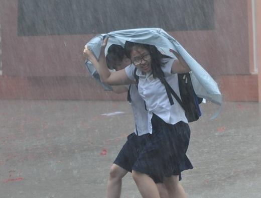 Những nỗi khổ trái ngang ai cũng gặp khi trời mưa