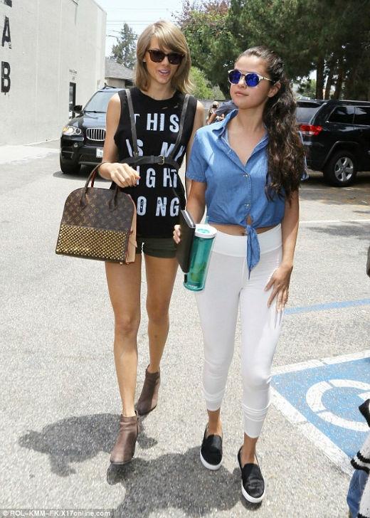 Taylor Swift bỏ rơi người yêu để hẹn hò với Selena Gomez