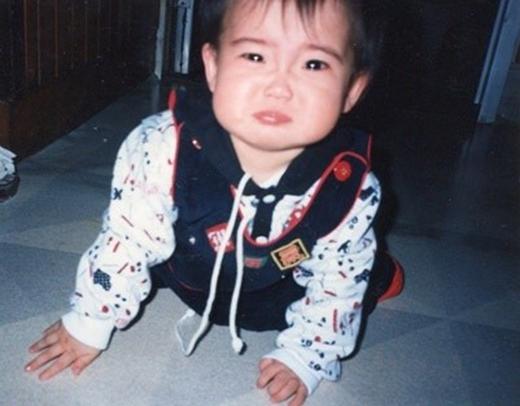 Suho khiến fan mê mệt vì bức ảnh dễ thương vô đối như thế này.