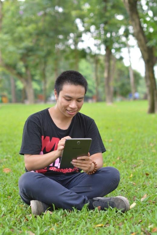 Samsung Galaxy Tab A chính là trợ thủ đắc lực của Còi Xương