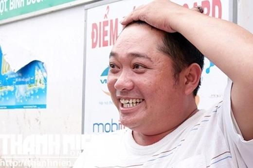Hình ảnh của thằng Cò sau 20 năm vẫn không thay đổi nhiều, đặc biệt là nụ cười luôn lạc quan và yêu đời. - Tin sao Viet - Tin tuc sao Viet - Scandal sao Viet - Tin tuc cua Sao - Tin cua Sao