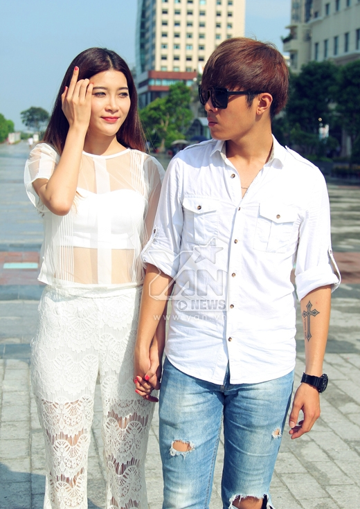 Trong Biệt thự Pensee, Gin Tuấn Kiệt vào vai nhân vật tên Tùng và đem lòng yêu nhân vật nữ chính do Yan My thể hiện