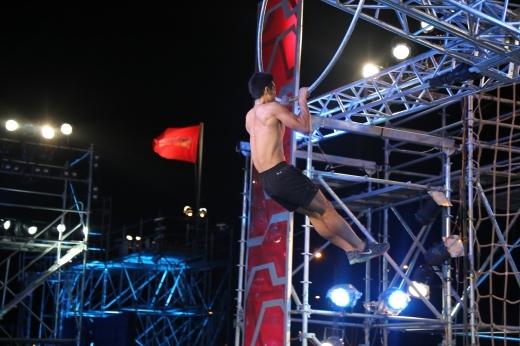 Phan Chí Bửu (30 tuổi) là thí sinh đã vượt qua Stage 01. Anh từng xuất hiện trong chương trình truyền hình thực tế Big Brothers. - Tin sao Viet - Tin tuc sao Viet - Scandal sao Viet - Tin tuc cua Sao - Tin cua Sao