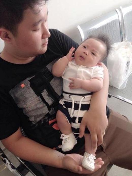 Từ khi có em bé, Khánh Thiện và Tú Linh ngày càng hạnh phúc hơn.
