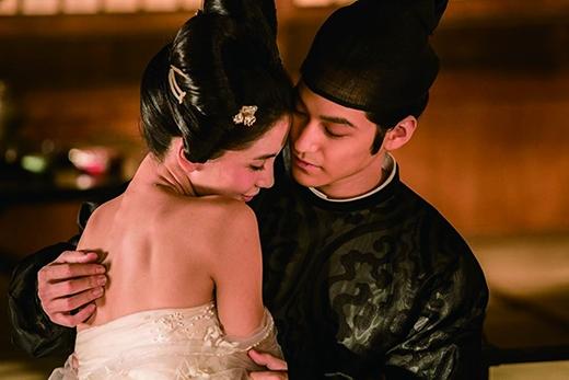 Kim Bum và vai diễn Nguyên Chấn trong phần hai phim điện ảnh của đạo diễn Từ Khắc - Địch Nhân Kiệt.