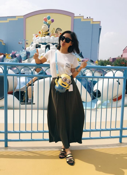 Văn Mai Hương đã chia sẻ rằng, cứ mỗi lần cô bước chân vào bất kì công viên giải trí nào, điều đầu tiên thu hút cô nhất cũng chính là những chú Minions cực kì ngộ nghĩnh này. Cô nàng đã chứng tỏ mình là 1 người cực mê Minions, khi lúc nào cô cũng chỉ mua bánh kẹo có hình Minions thôi.