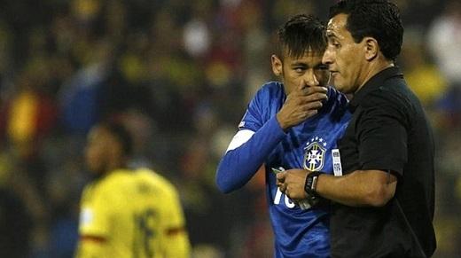 Trọng tài bị kiện vì chửi Neymar là thằng ăn vạ