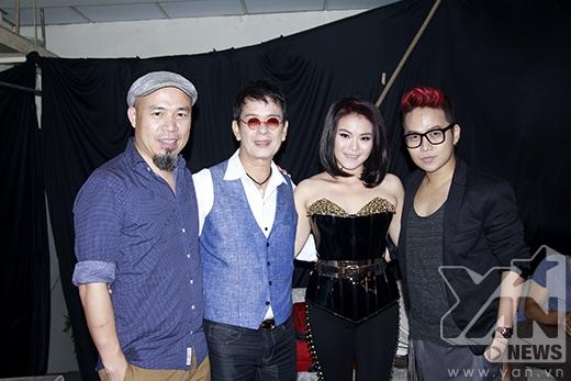 Nhạc sĩ Huy Tuấn, nhạc sĩ Đức Huy, ca sĩ Hải Yến và nhà thiết kế Chung Thanh Phong. - Tin sao Viet - Tin tuc sao Viet - Scandal sao Viet - Tin tuc cua Sao - Tin cua Sao