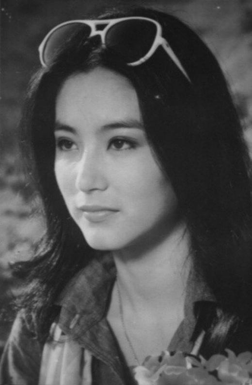 Với nữ diễn viên họ Lâm, thời gian chỉ là con số, sắc đẹp của cô mãi là vĩnh cửu. Lâm Thanh Hà từng là một trong tứ đại mỹ nhân làng giải trí Hong Kong những năm cuối thập niên 90 của thế kỷ trước.Trong sự nghiệp của mình, đại mỹ nhân đã góp mặt trong khoảng 100 bộ phim.