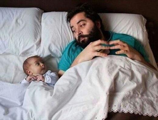 Bố sẽ trông chừng cho con có giấc ngủ ngon.