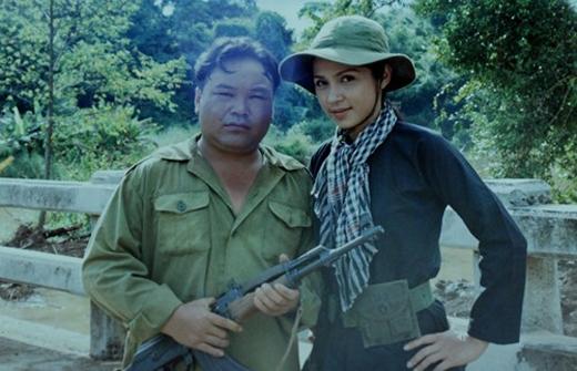 Phim Dòng sông vẫn trôi, đóng cặp với Việt Trinh