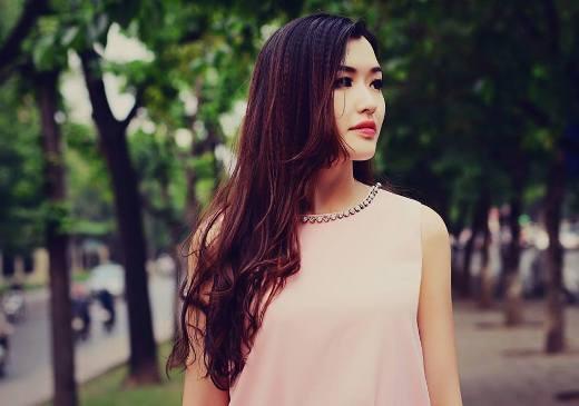 Sinh năm 1994, Đặng Phạm Phương Chi là gương măt được khá nhiều người biết tới bởi cô từng được mọi người so sánh với hoa hậu Mai Phương Thúy. Nhiều người cho rằng gương mặt cô có nhiều nét giống với cô hoa hậu nổi tiếng.
