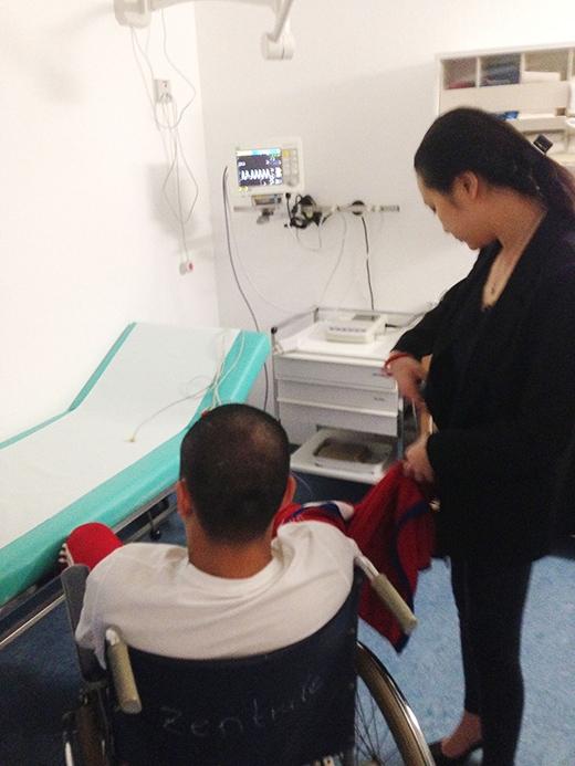 Tuấn Hưng bất ngờ nhập viện vì kiệt sức - Tin sao Viet - Tin tuc sao Viet - Scandal sao Viet - Tin tuc cua Sao - Tin cua Sao