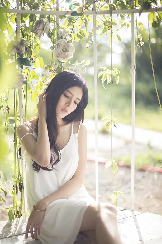 Những biểu cảm cũng không kém phần duyên dáng, chuyên nghiệp như những người mẫu thực thụ.