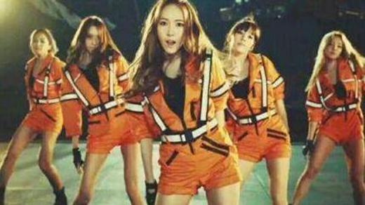 Xôn xao hình ảnh Jessica có mặt trong MV Catch me if you can