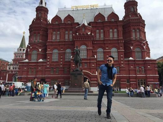 Các nghệ sĩ tranh thủ tham quan thắng cảnh đẹp tại Nga. - Tin sao Viet - Tin tuc sao Viet - Scandal sao Viet - Tin tuc cua Sao - Tin cua Sao