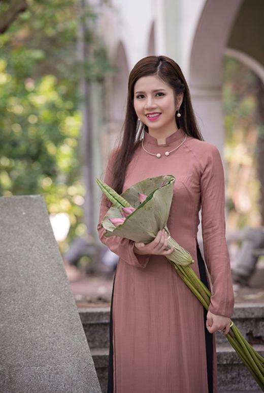Ngẩn ngơ với những nàng tiếp viên hàng không đất Việt xinh khỏi chê