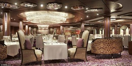 Khu vực nhà hàng cực kỳ sang chảnh ở bên trong con tàu.