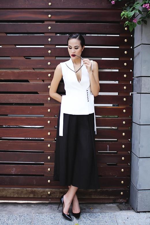 Phương Mai gợi ý mặc đẹp với phong cách cổ điển