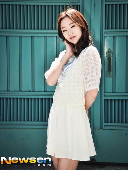 Kim So Hyun được kẻ bạo hành So Young tâng bốc hết lời