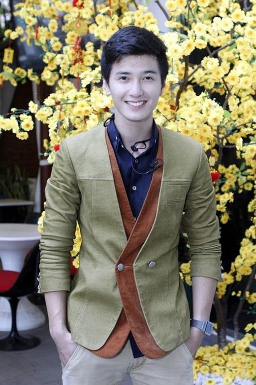 Giống như Harry Lu, nụ cười của Huỳnh Anh luôn rạng rỡ và vô cùng cuốn hút. - Tin sao Viet - Tin tuc sao Viet - Scandal sao Viet - Tin tuc cua Sao - Tin cua Sao
