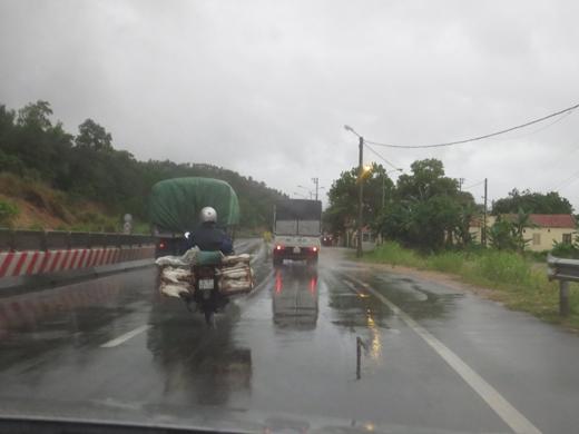 Tại Quảng Ninh đã xuất hiện mưa to. Ảnh: DT
