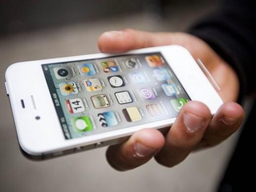 Tháng 9 này, iPhone 7 dùng màn hình OLED cong sẽ ra mắt?