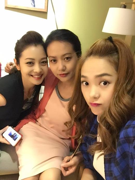Ba chị em Hồng Ánh, Jennifer Phạm và Minh Hằng hớn hở chuẩn bị đi mua sắm tại xứ kim chi. - Tin sao Viet - Tin tuc sao Viet - Scandal sao Viet - Tin tuc cua Sao - Tin cua Sao