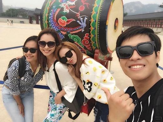 Ba chị em chụp ảnh lưu niệm tại Hàn Quốc - Tin sao Viet - Tin tuc sao Viet - Scandal sao Viet - Tin tuc cua Sao - Tin cua Sao